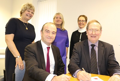 From left, Dr Ann Ewens, Pro Vice Chancellor Ieuan Ellis, Kim Nurse,Eileen Cox and Sir Graham Meldrum
